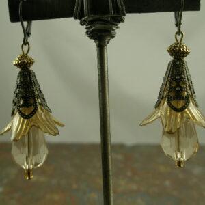 Too-lips Handmade Vintage Style Resin Earrings-0