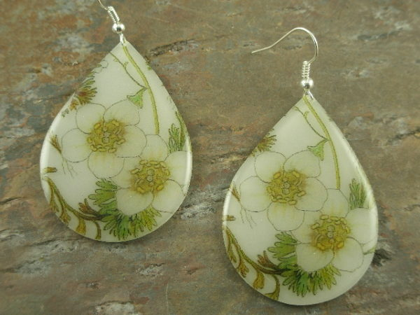 White Blossoms Resin Statement Earrings-0