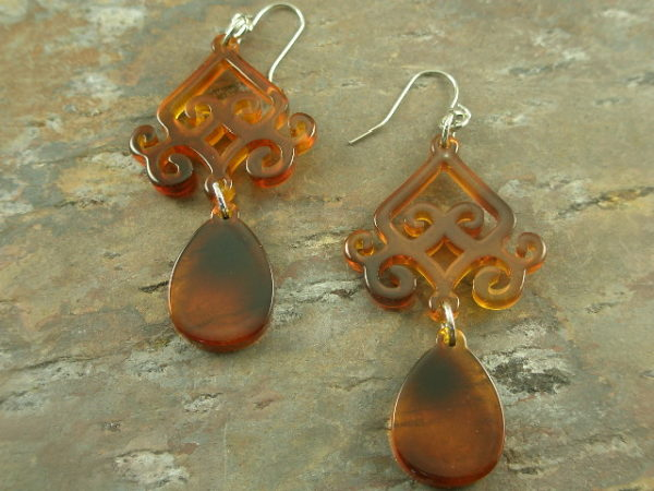 Big Tortoise Resin Dangle Earrings-0