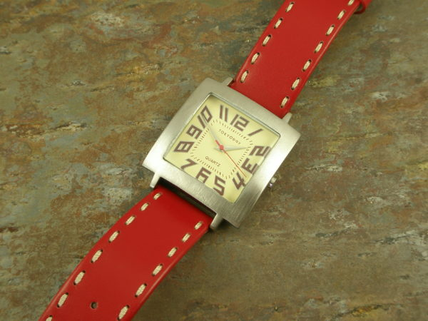 Chunky Leather Statement WatchBig Red-0