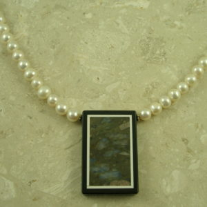 Fresh Water Pearl Necklace With A TwistTiled-0