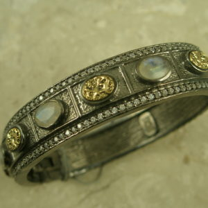 Handcrafted Stone/Crystal Magnetic Bangle BraceletMoonstone-0