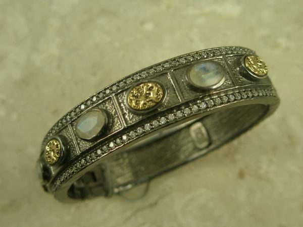 Handcrafted Stone/Crystal Magnetic Bangle BraceletMoonstone-0