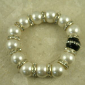 Shell Pearl Crystal Stretch BraceletGlamour-0