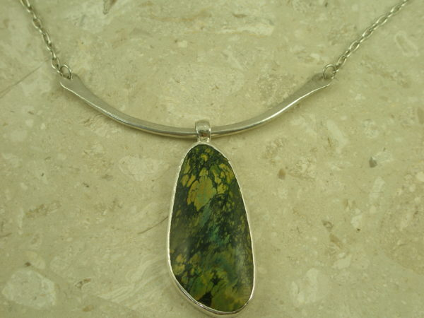 Artisan Crafted Sterling/Stone Statement NecklaceGreen T-0